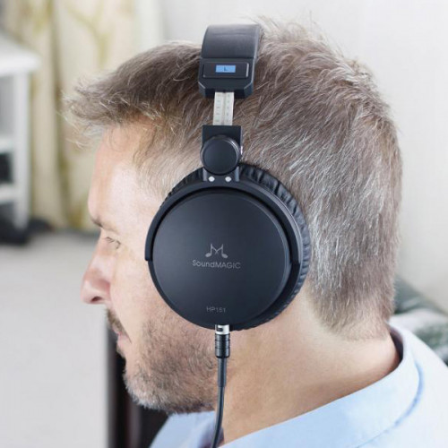 Наушники SoundMagic HP151